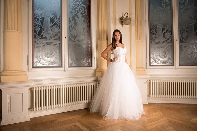 Výprodej svatebních šatů může být dobrou volbou